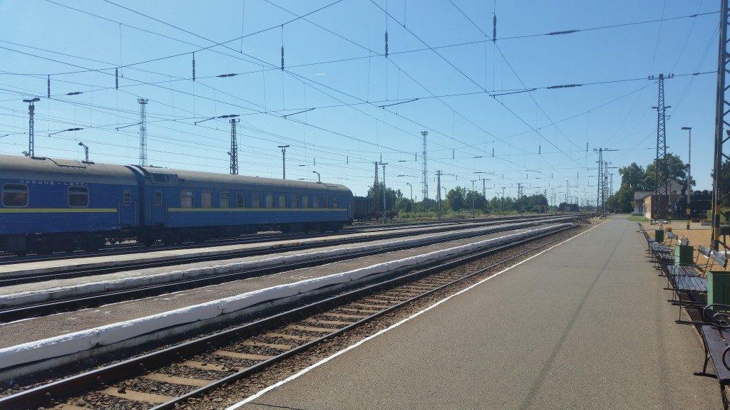 A közvetlen Kijev-Budapest hálókocsi Záhonyban.