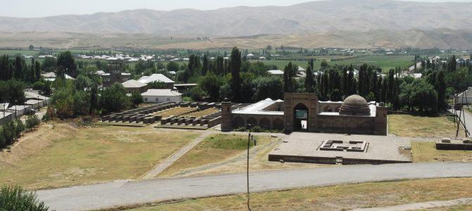 Hisszar: Egy falatnyi selyemút, Dusanbe szomszédságában
