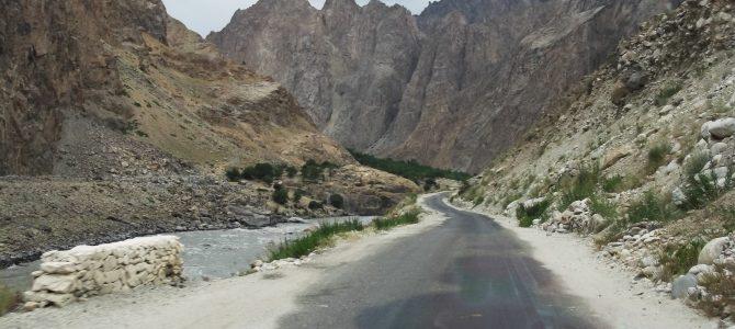 Utazás taxival Khorogból Dusanbéba